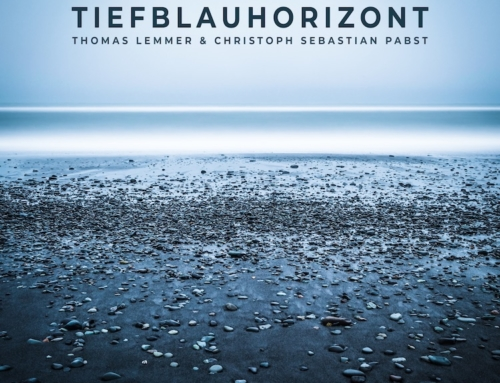 Tiefblauhorizont is out now